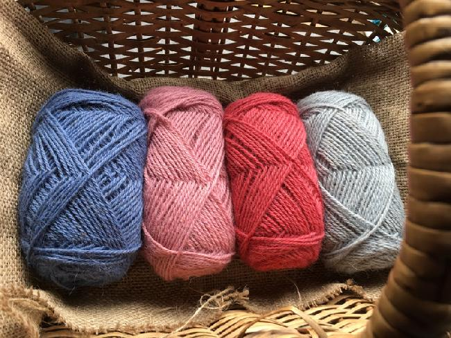 New dyed wools available at the farm or on our on-line shop: www.bearhousealpacas.co.uk
