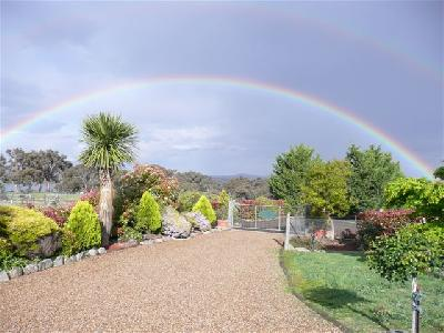 Rainbow over Airlie, October 2008